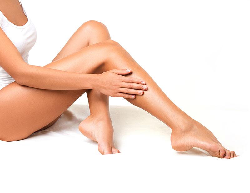a lábakon lévő visszerek kezelik vagy sem